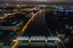 «Швабе» рассказал про «умные» остановки и городское освещение на семинаре