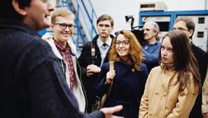 «Швабе» познакомил студентов с оптическим производством