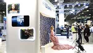 Камеру и объективы Зенит показывают на Фотофоруме-2019 в Москве