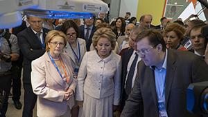 Состоялся телемост «Швабе» и Центра Алмазова с участием руководства страны