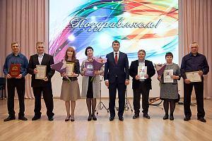 Уральским специалистам «Швабе» вручили высокие награды